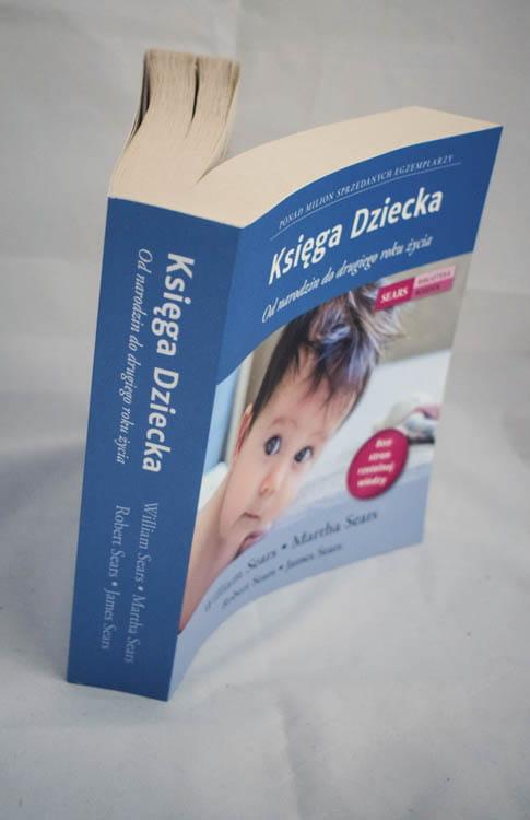 księga dziecka grzbiet